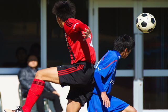 接触性の高いスポーツは慢性外傷性脳症の原因に